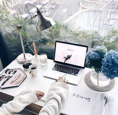 studymotivationuniversity: Let's get started https://www.instagram.com/lauriedel/