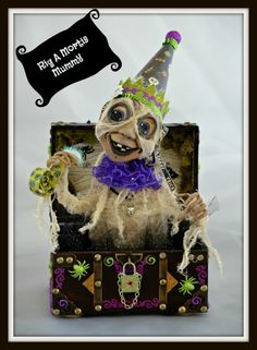 Lil' Punkin Spice Ghoulie-Cake Photo:  This Photo was uploaded by charmedconfections. Find other Lil' Punkin Spice Ghoulie-Cake pictures and photos or up...