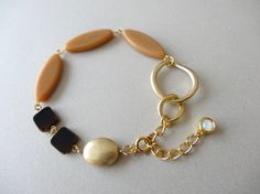 Cute Jewelry, Jewelry Art, Jewelry Design, Women Jewelry, Beaded Earrings, Earrings Handmade, Beaded Jewelry, Gemstone Bracelets, Jewelry Bracelets