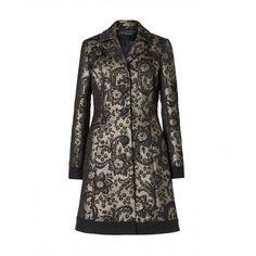 Cappotto, in matelassé lurex jacquard con bordo unito, collo reverse, foderato, chiuso davanti da 3 bottoni, Sisley - £ 159 (2/11/14)