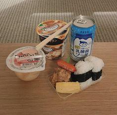 Cute Food, Good Food, Yummy Food, Tasty, Japanese Snacks, Japanese Food, Tumblr Food, Asian Snacks, Aesthetic Food