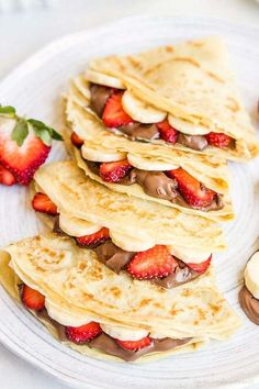 Looking to step up your crepe making game? Check out these amazing crepe recipe… Looking to step up your crepe making game? Check out these amazing crepe recipes to get stared! Think Food, I Love Food, Good Food, Yummy Food, Tasty, Breakfast Recipes, Dessert Recipes, Crepe Recipes, Best Crepe Recipe