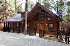 #McCurtainCounty Hillside Paradise - Hillside Paradise represents the next generation of luxury one-bedroom cabins. The cabin features cozy and ...