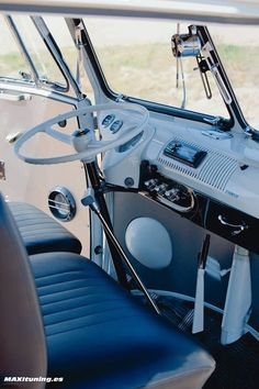 26 ideas camping australia campers vw bus for 2019 Volkswagen Transporter, Transporteur Volkswagen, Vw T1 Camper, Vw Caravan, Vw Bus T1, Combi Vw T2, Combi Ww, T1 T2, Vw Classic