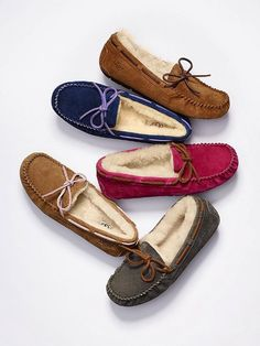 UGG Moccasins! Want the top brown pair! :)