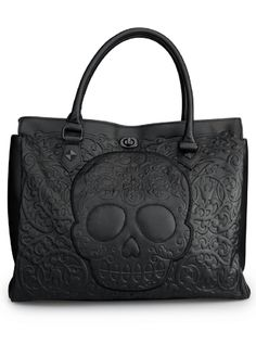 "Take skull fashion to a new level with the women's ""Lattice Skull"" tote bag from Loungefly. This black sugar skull purse is made of beautiful faux leather. Tote Handbags, Leather Handbags, Tote Bags, Women's Bags, Skull Purse, Fendi, Gucci, Estilo Rock, Black Purses"