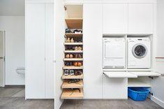 Slide-out folding shelf Small Laundry Rooms, Laundry Room Storage, Laundry In Bathroom, Storage Spaces, Interior Design Living Room, Living Room Designs, Laundry Room Inspiration, Kitchen Dinning, Laundry Room Design