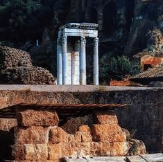 📷 The Temple of Divius Julius. The temple is dedicated to Julius Caesar, Roman Forum, Rome, Italy. Roman Forum, Julius Caesar, Temple, Rome Italy, History, World, Photography, The World, Fotografie