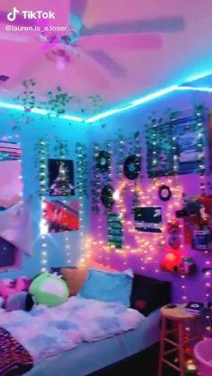 Cute Bedroom Ideas, Cute Room Decor, Room Ideas Bedroom, Girl Bedroom Designs, Teen Room Decor, Bedroom Inspo, Painted Bedroom Doors, Pinterest Room Decor, Neon Bedroom
