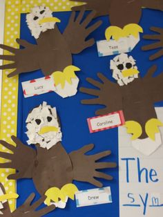 American Symbols -Bald Eagle craft plus more -Mrs Jump's class: America Unit… Kindergarten Social Studies, Teaching Social Studies, In Kindergarten, Preschool Crafts, Fun Crafts, Crafts For Kids, Eagle Craft, Patriotic Symbols, Patriotic Crafts