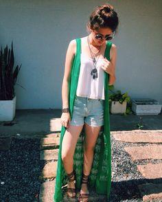 Tricotando... ✂️ #lojaamei #tricot #praia #jeans #cropped