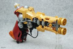 Steampunk Gun - primarily Technic elements come together in a LEGO double-barreled steampunk handgun built by nobu_tary