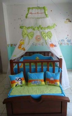 Baby Crib Diy, Baby Cribs, Welcome Baby, Diy Pillows, Doll Furniture, Ideas Para, Baby Room, Playroom, Toddler Bed
