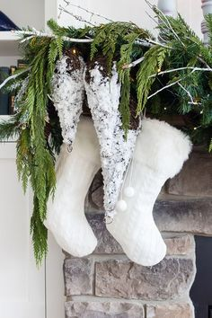 White Rustic Christmas Mantel - The Lilypad Cottage