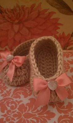 Crochet Baby Booties with Rhinestone Heart Bow