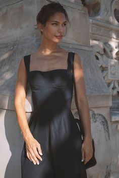Discover the collections: dresses, skirts, tops, pants and outwear. Silk, Summer Dresses, Skirts, Fabric, Outfits, Shopping, Collection, Tops, Design