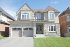 144 Shadow Falls Dr, Richmond Hill, Ontario