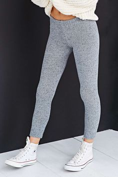 pinterest: wanderlvsst ♡ Knit Leggings, Winter Leggings, Grey Leggings, Fashion Mode, Fashion Killa, Fashion Outfits, Womens Fashion, Fashion Beauty, Fall Winter Outfits