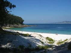 decorology: Pictures from Europe - Baiona and Isle de Cies in Spain