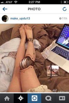 Funny pictures about Realistic Robot Leg Make-up. Oh, and cool pics about Realistic Robot Leg Make-up. Also, Realistic Robot Leg Make-up photos. How To Make, Body Painting, Robot Leg, Leg Makeup, Body Makeup, Armadura Cosplay, Special Effects Makeup, Costume Makeup, Makeup Looks