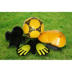 This football set comes with goalie gloves, cones, shinguards, ball and pump all in a handy backpack making it a great birthday gift. Football Images, Football Fans, Football Equipment, Sports Equipment, Sports Day Games, Goalie Gloves, Garden Games, Great Birthday Gifts, Train Set