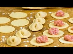 Dumplings, Ravioli, Dim Sum, Biscotti, Doughnut, Italian Recipes, Panna Cotta, Appetizers, Pizza