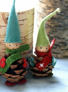 Wichtel tinker with children: great idea for the cold season - Hair Beauty - Food and Drink - Christmas - DIY and Crafts - Home Decor Photo Ornaments, Xmas Ornaments, Christmas Tree Decorations, Christmas Crafts, Holiday Decor, Noel Christmas, Reindeer Photo, Pine Cone Crafts, Pine Cones