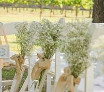 Babys breath and burlap bows for the isle! #DDBridalStyle