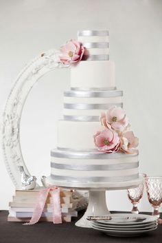silver & pink magnolia wedding cake-love the magnolias! Pretty Wedding Cakes, Wedding Cakes With Cupcakes, Wedding Cake Designs, Pretty Cakes, Cupcake Cakes, Shoe Cakes, Magnolia Cake, Magnolia Wedding, Gorgeous Cakes