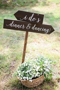Rustic wedding sign and wildflowers wedding decor / http://www.himisspuff.com/rustic-wedding-signs-ideas/8/