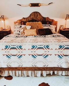 Western Bedroom Decor, Western Rooms, Country Teen Bedroom, Country Girl Rooms, Western Bathrooms, Country Western Decor, Western Bedding, Western Style, Room Ideas Bedroom