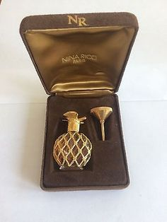 L-Air-du-Temps-Perfume-Bottle-Funnel-Case-1-4-fl-oz-Velvet-Case
