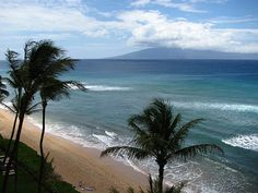 Maui, Lanai in the background
