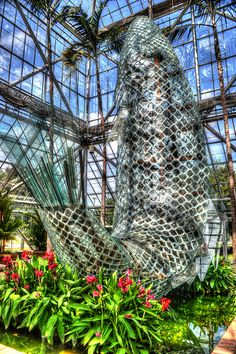 Standing Glass Fish (Minneapolis Sculpture Garden) ~ saw this last year...pretty awesome!