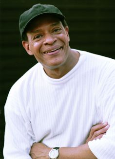 Al Jarreau, Grammy winning jazz singer, passed away 2017 at the age of Jazz Artists, Jazz Musicians, Music Artists, All About Music, New Music, Al Jarreau, Old Singers, Famous Singers, Hard To Say Goodbye