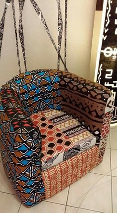 Wax Me Gabon #chairaffair African Interior Design, African Design, African Style, African Crafts, African Home Decor, African Textiles, African Fabric, African Furniture, African House
