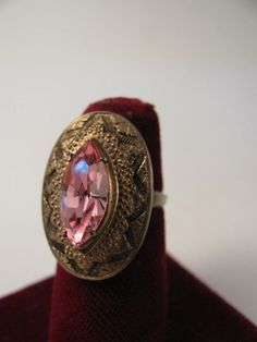 Vintage adjustable costume jewelry ring pink navette