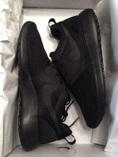 Nike Roshe Run: Black
