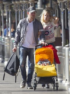 Big star spotted Down Under! Michael Bublé enjoyed a day out in Woolloomooloo Wharf on Wednesday with wife Luisana Lopilato and their son, Noah