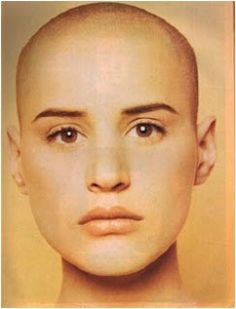 eve salvail Beautiful Words Of Love, Beautiful Women, Buzz Cut Hairstyles, Bald Girl, Bald Women, Bald Heads, Hair Today, Cut And Color, Cool