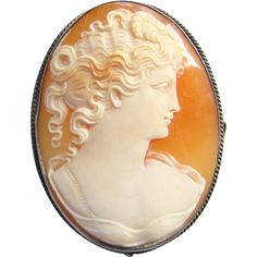 Antique Victorian 925 Sterling Silver Carved Shell Cameo Pendant Brooch