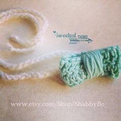 Crochet Baby hair Bow on Etsy, 5,00€