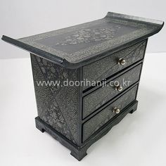 Dresser, Antiques, Table, Prints, Furniture, Jewelry, Home Decor, Cartonnage, Antiquities