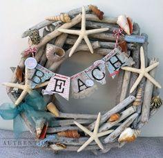 Creare con i legnetti. Ecco per voi una bellissima selezione di 20 idee creative per riciclare e creare con dei legnetti... Lasciatevi ispirare da queste...