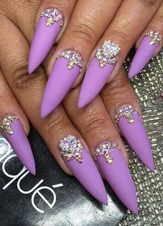Spring purple matte rhinestone glance stiletto nails design nailart @laquenailbar