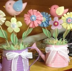 ideas for baby shower ides souvenirs center pieces Baby Shower Cake Sayings, Baby Shower Cake Pops, Baby Shower Cookies, Tin Can Crafts, Diy And Crafts, Crafts For Kids, Felt Flowers, Paper Flowers, Butterfly Party