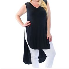 Hi Lo Tunic Slit Hi Lo Tunic Top-Nice Look for Curvy Gals-Lotsa StretchPrice Firm unless Bundled for the discount‼️‼️‼️ Bellino Tops Tunics