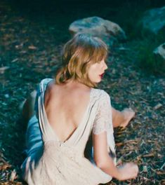 Find images and videos about Taylor Swift on We Heart It - the app to get lost in what you love. All About Taylor Swift, Long Live Taylor Swift, Taylor Swift Fan, Taylor Alison Swift, Taylor Swift Enchanted, Taylor Swift Wallpaper, Celebs, Celebrities, Along The Way
