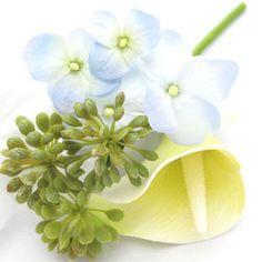 Blue hydrangea, seedhead and light yellow calla lily