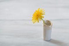 dandelion vases 7 http://www.eatknitanddiy.com/2013/04/dandelion-vases/